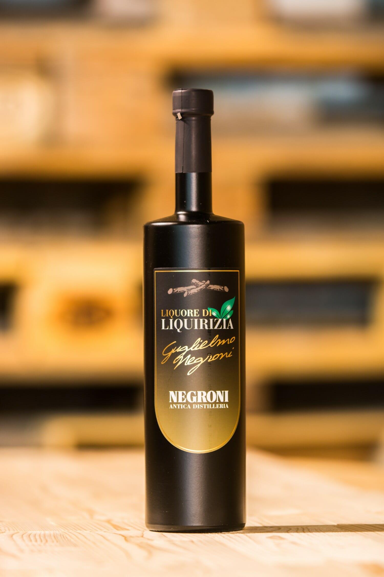 Negroni Liquore Liquirizia (zoethoutlikeur)